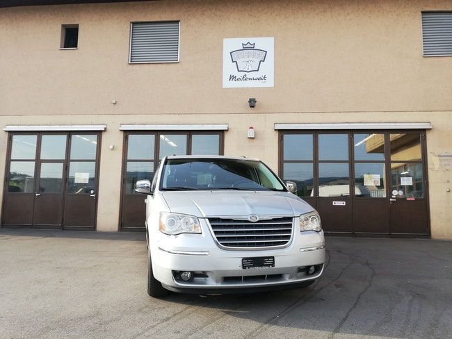 Chrysler Voyager Grand Voyager 2.8 CRD Limited Automatic 232'700 km 9'500 CHF - buy on carforyou.ch - 1