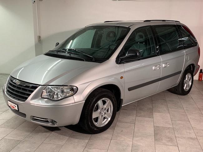 Chrysler Voyager 2.4 SE Swiss Edition 143'700 km 4'500 CHF - buy on carforyou.ch - 1