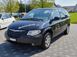 Chrysler Voyager 2.8 CRD LX Automatic 297'000 km CHF700 - buy on carforyou.ch - 3
