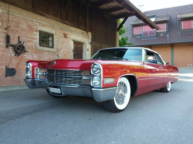 Cadillac De Ville Cabriolet Veterangeprüft 19,7,18 85'000 km 38'500 CHF - acquistare su carforyou.ch - 1