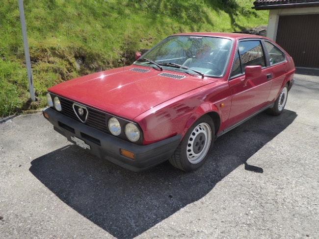 Alfa Romeo Alfasud Veteranen-Fahrzeug 140'000 km 10'600 CHF - acheter sur carforyou.ch - 1