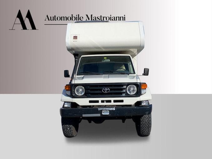 Toyota Land Cruiser 400 Pick-up 4.2 D 4x4 103'400 km CHF75'900 - acheter sur carforyou.ch - 1