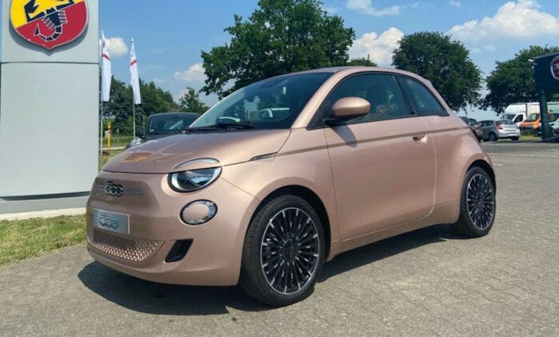 "Fiat 500 Elektro 3 + 1 ""Icon""  35 km CHF32'490 - acheter sur carforyou.ch - 1"