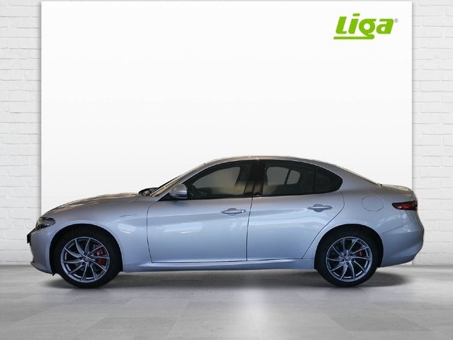 Alfa Romeo Giulia 2.0 Q4 Veloce 12'000 km 39'900 CHF - acheter sur carforyou.ch - 1