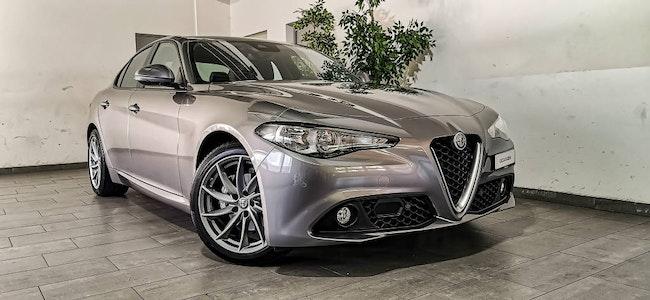 Alfa Romeo Giulia 2.0 Super 25'000 km 31'900 CHF - acquistare su carforyou.ch - 1