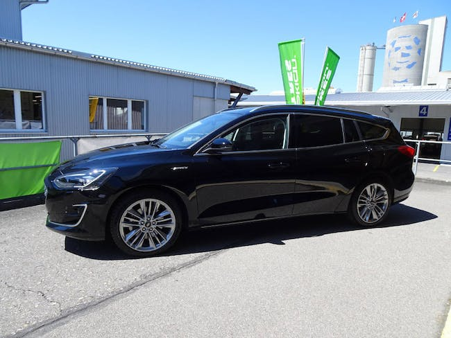 Ford Focus SW 1.0i SCTi 125 PS Vignale 6'500 km CHF31'800 - buy on carforyou.ch - 1
