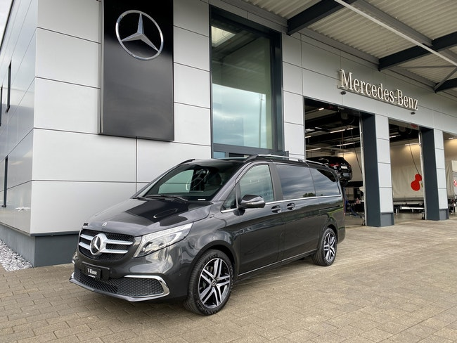 Mercedes-Benz V-Klasse V 300 d lang Swiss Edition 4Matic 9G-Tronic 20 km 97'400 CHF - buy on carforyou.ch - 1