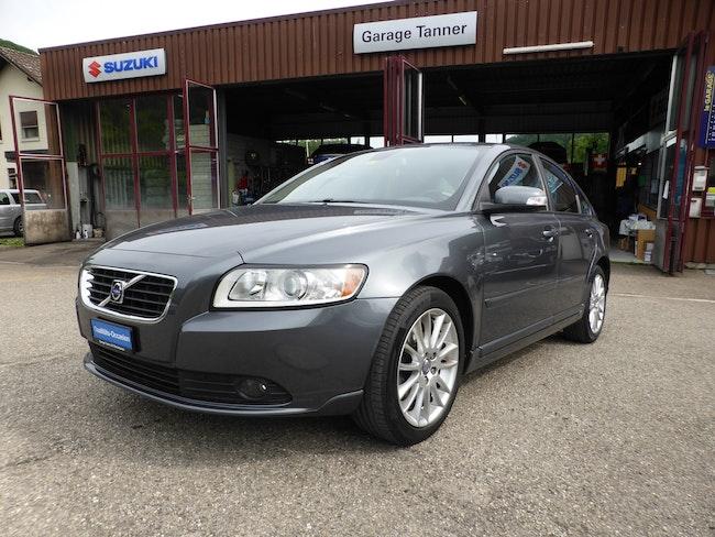 Volvo S40/V40 S40 2.0D Momentum 174'500 km 6'350 CHF - buy on carforyou.ch - 1