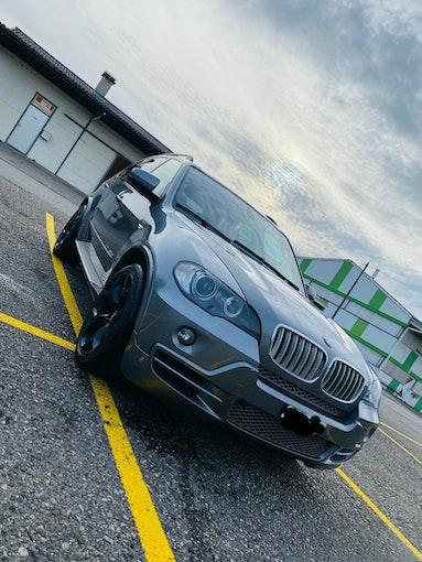 BMW X5 30sd 300'000 km CHF9'900 - buy on carforyou.ch - 1