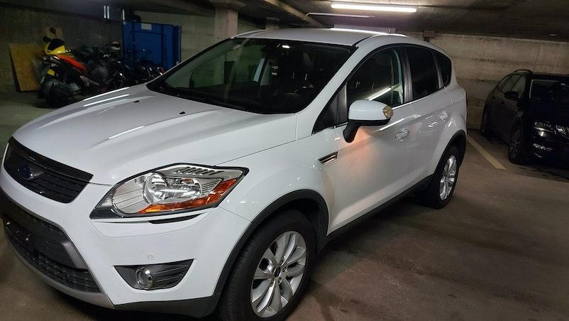 Ford Kuga 4*4 150'000 km CHF7'500 - acquistare su carforyou.ch - 1