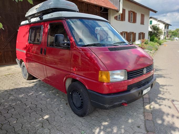 VW T4 Campingbus mit Hubdach voll ausgestattet - ab MFK 250'000 km CHF18'500 - kaufen auf carforyou.ch - 1