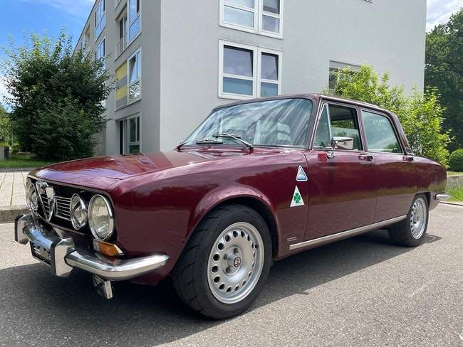 Alfa Romeo 1750 Berlina 1750 2'000 km CHF16'700 - acheter sur carforyou.ch - 1