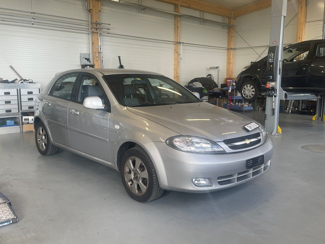 Chevrolet Lacetti 1.6 16V SX 99'245 km CHF5'200 - acquistare su carforyou.ch - 1