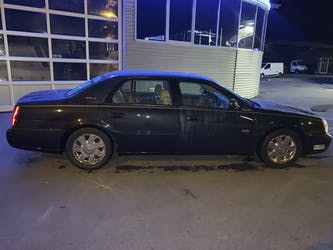Cadillac Deville DTS 195'000 km CHF12'900 - buy on carforyou.ch - 3