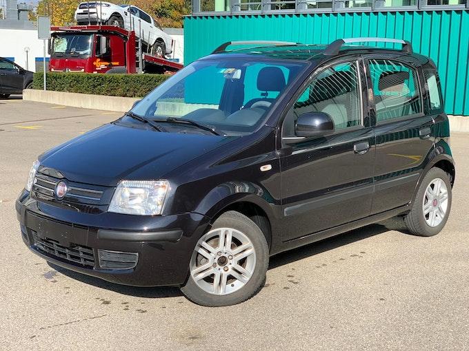 Fiat Panda 1.2 Active MyLife 141'000 km CHF3'900 - buy on carforyou.ch - 1