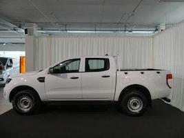 Ford Ranger DoKa 4x4 XL 50 km CHF30'990 - buy on carforyou.ch - 3