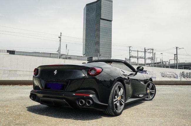 Ferrari Portofino 3.9 V8 T 8'500 km CHF249'000 - acheter sur carforyou.ch - 1