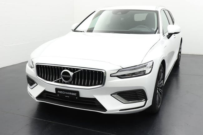 Volvo V60 2.0 T6 TE Inscription eAWD - Recharge for Business 30 km CHF55'450 - buy on carforyou.ch - 1