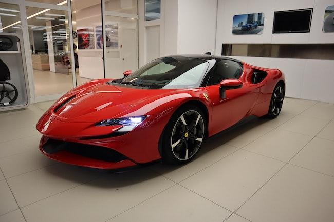 Ferrari SF90 Stradale 3'290 km CHF544'000 - kaufen auf carforyou.ch - 1