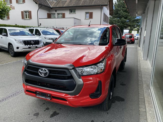 Toyota Hilux Double Cab.-Pick-up 2.4 D-4D 150 Comfort CHF38'580 - buy on carforyou.ch - 1
