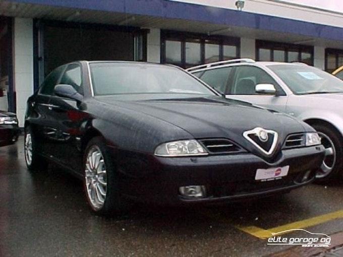 Alfa Romeo 166 3.0 V6 24V Super 56'400 km CHF9'800 - buy on carforyou.ch - 1