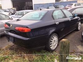 Alfa Romeo 166 3.0 V6 24V Super 56'400 km CHF9'800 - buy on carforyou.ch - 2