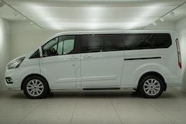 Ford Tourneo 2,0 TDCi 130 Titanium 23'900 km CHF37'900 - buy on carforyou.ch - 3