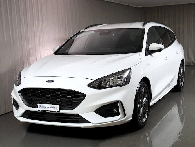 Ford Focus Station Wagon 1.0i EcoB 125 ST-Line 12'600 km CHF22'390 - buy on carforyou.ch - 1