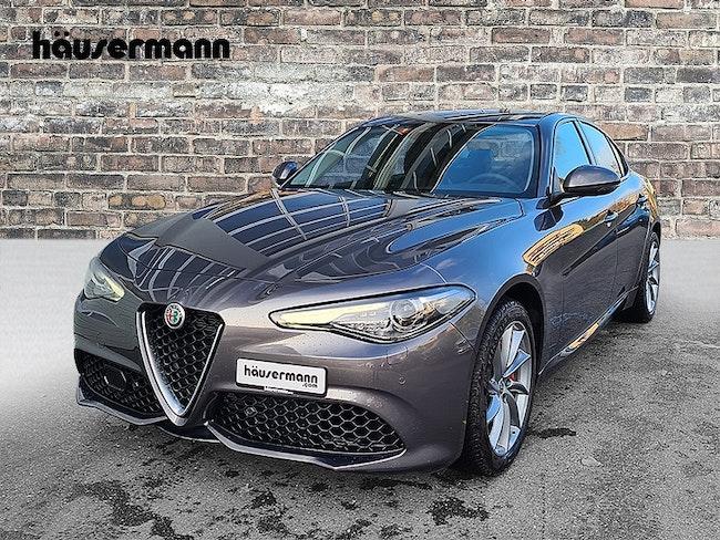 Alfa Romeo Giulia 2.0 Q4 Veloce 9'500 km CHF39'900 - acquistare su carforyou.ch - 1