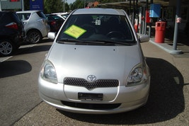 Toyota Yaris 1.3 16V Linea Sol 140'000 km CHF4'900 - acheter sur carforyou.ch - 2