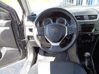 Suzuki Swift 1.2 GL Top 4x4 99'170 km CHF9'900 - acquistare su carforyou.ch - 3