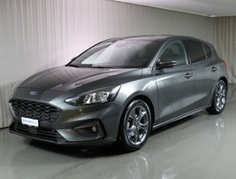 Ford Focus 1.0i EcoB 125 ST-Line 15'200 km CHF23'490 - buy on carforyou.ch - 2