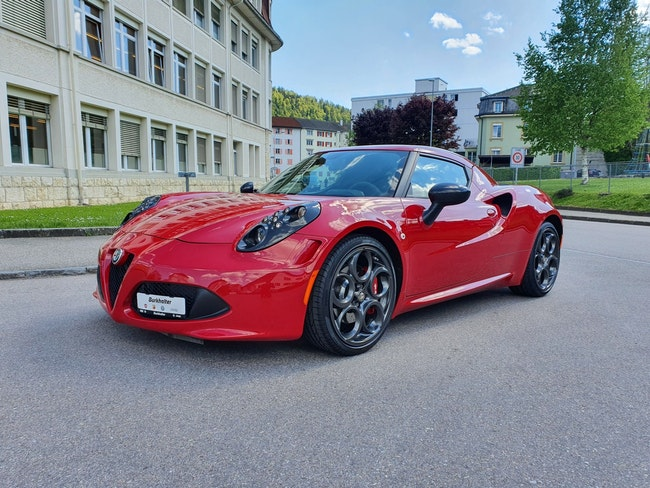 Alfa Romeo 4C 1750 TBi TCT LAUNCH EDITION 5'030 km CHF92'500 - buy on carforyou.ch - 1