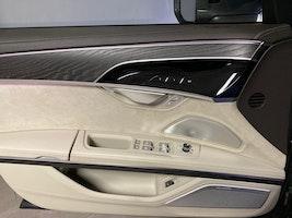 Audi A8 55 L TFSI quattro tiptronic 19'800 km CHF79'500 - buy on carforyou.ch - 3