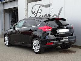 Ford Focus 1.0i EcoB 125 Titanium X 53'916 km CHF12'490 - buy on carforyou.ch - 3