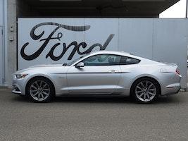 Ford Mustang Coupé 5.0 V8 GT 31'900 km CHF39'890 - buy on carforyou.ch - 2