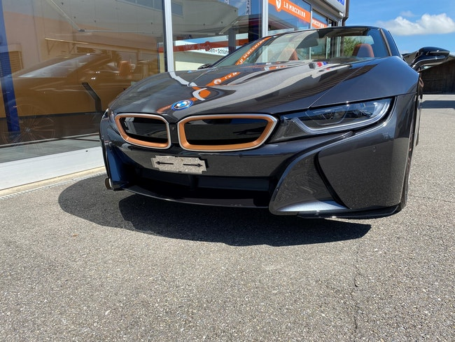BMW i8 Roadster 2'500 km CHF159'000 - acquistare su carforyou.ch - 1