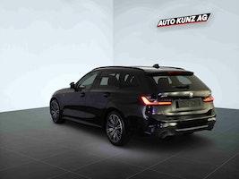 BMW 3er 330 i xDriveTouring M Sport Automat 5'822 km CHF52'989 - buy on carforyou.ch - 2