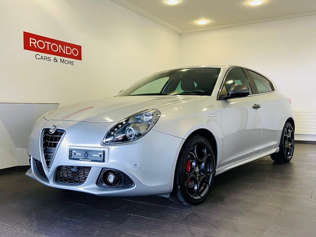 Alfa Romeo Giulietta 1.4 MultiAir Super TCT 57'300 km CHF18'800 - buy on carforyou.ch - 1