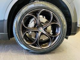 Alfa Romeo Stelvio 2.0 Executive TI Q4 Automatic 15'500 km CHF51'800 - buy on carforyou.ch - 3