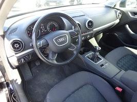 Audi A3 Sportback 1.4 TFSI Attraction 107'650 km CHF11'900 - buy on carforyou.ch - 3