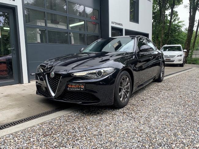 Alfa Romeo Giulia 2.2 JTDM Super 59'000 km CHF20'900 - acquistare su carforyou.ch - 1