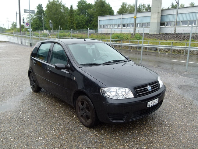 Fiat Punto 1.2 16V Swiss 168'000 km CHF2'200 - acheter sur carforyou.ch - 1