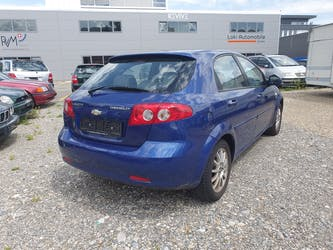 Chevrolet Lacetti 1.8 16V CDX 156'000 km CHF2'400 - buy on carforyou.ch - 3