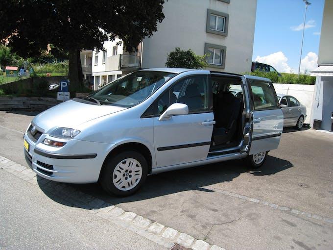 Fiat Ulysse 2.0 16V Emotion 153'319 km CHF3'500 - acheter sur carforyou.ch - 1