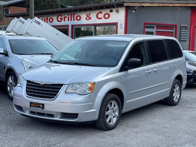 Chrysler Voyager Grand Voyager 3.8 Classic Line Plus Automatic 113'000 km CHF10'000 - kaufen auf carforyou.ch - 1