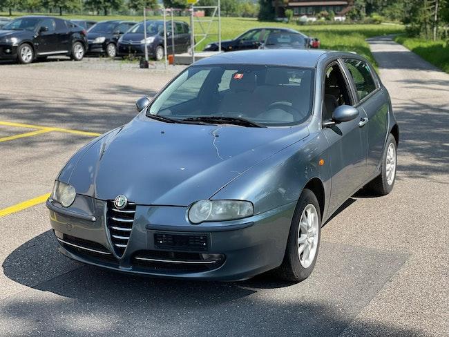 Alfa Romeo 147 1.9 JTD 16V 140 Progression 249'100 km CHF900 - buy on carforyou.ch - 1