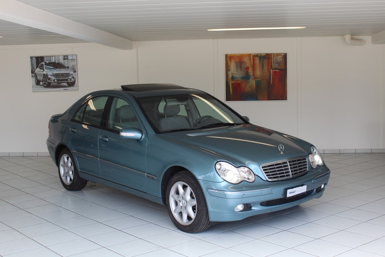 Mercedes-Benz C-Klasse C 320 Elégance 4Matic Automatic 92'800 km CHF5'900 - buy on carforyou.ch - 1