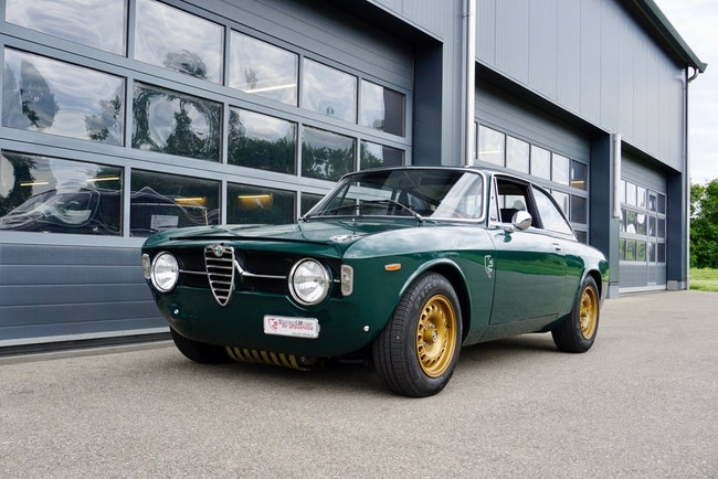 Alfa Romeo GT 1300 Junior 94'500 km CHF72'000 - buy on carforyou.ch - 1