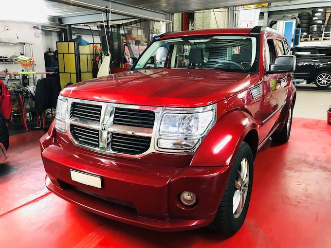 Dodge Nitro 3.7 V6 SE Automatic 103'500 km CHF7'500 - buy on carforyou.ch - 1